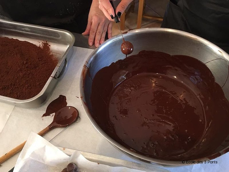 chocolate making in france 01