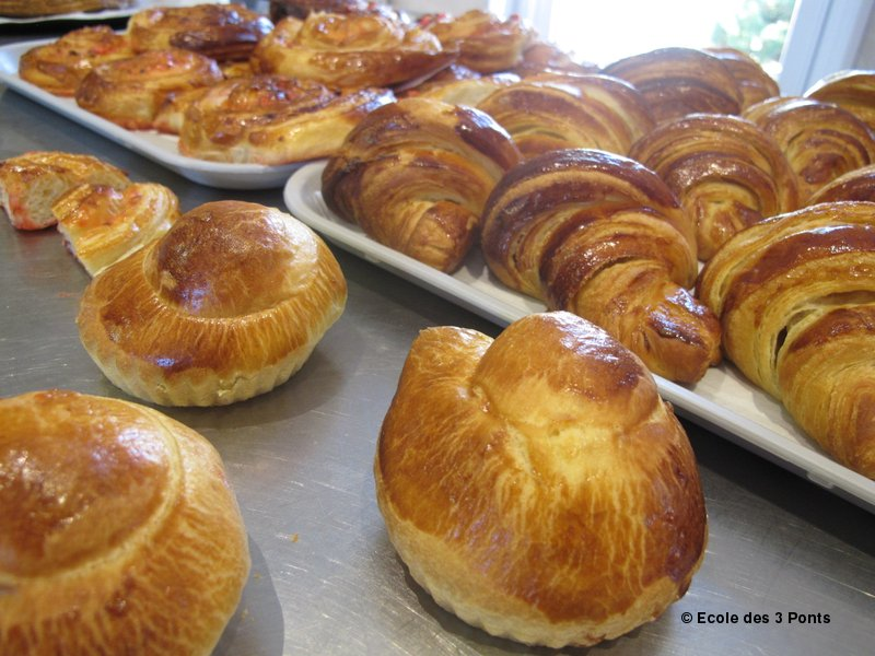 viennoiserie baking in france